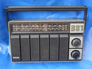 Rádio Philips 381